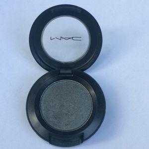 """MAC dark gray frost """"knight divine"""" eyeshadow"""